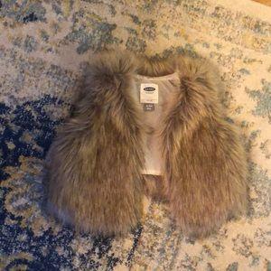 Girls fur vest